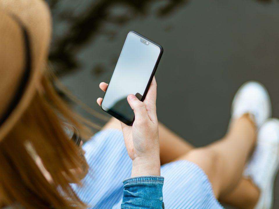 UMIDIGI C2 – smartfon z czujnikiem Hall'a